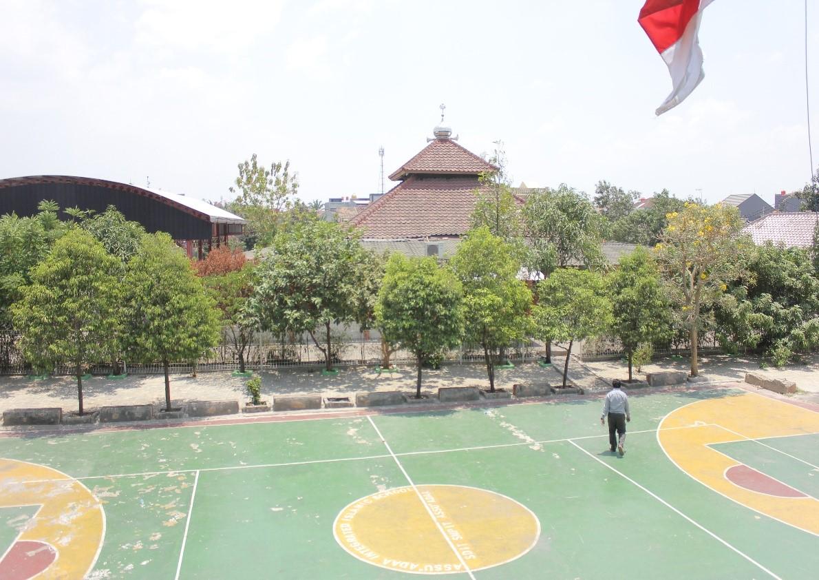 Lapangan Olahraga (Futsal & Basket)